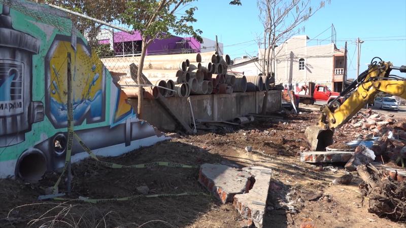 Colapsa tubería de más de 20 años en Mazatlán y deja a 75% de Mazatlán sin agua