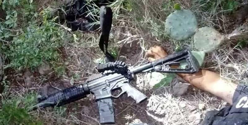 Al menos 9 muertos en choque entre policías y presuntos criminales en México