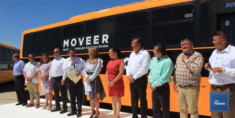 Comunidades apartadas recibieron camiones para transporte escolar