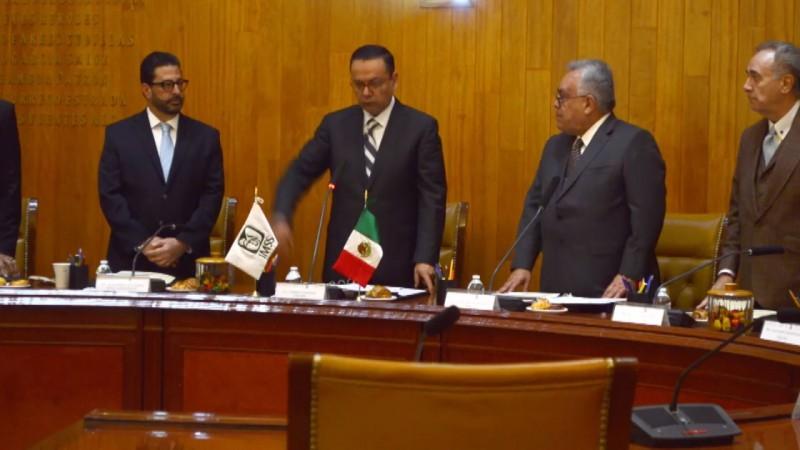 Gobierno federal debe cuidar funcionarios con buena trayectoria: PRI-PAN