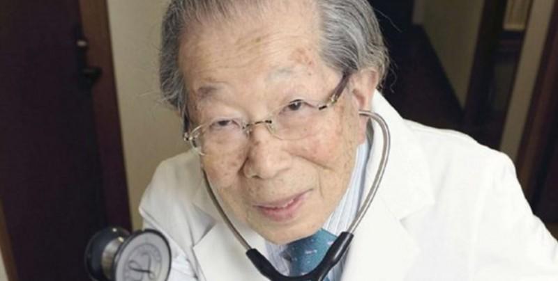 Médico japonés que vivió 105 años, compartió 14 consejos saludables