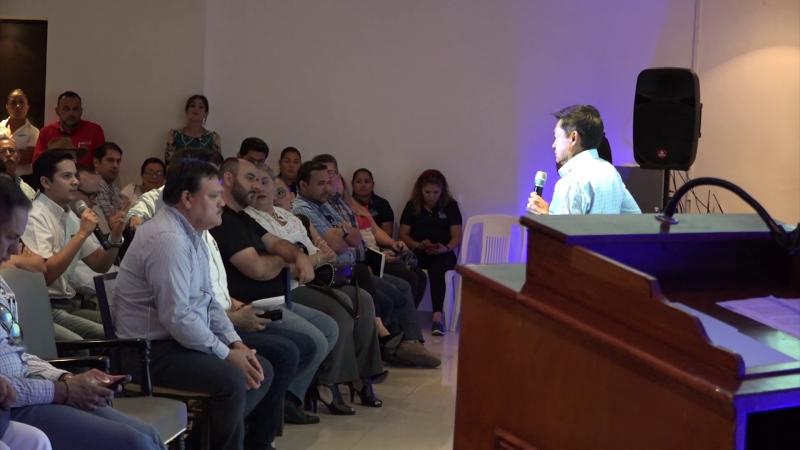 CANACO realizó conferencia para empresarios y comerciantes en Mazatlán