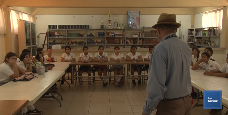 Imparten plática sobre Bando de Policía y Buen Gobierno a Estudiantes