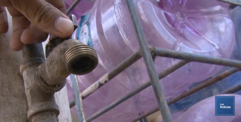 Cinco comunidades con desabasto de agua