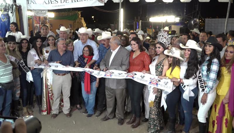 Inauguran la Feria Ganadera en Mazatlán