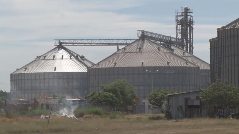 El PRD exige al gobierno federal frenar los cupos de importación de maíz