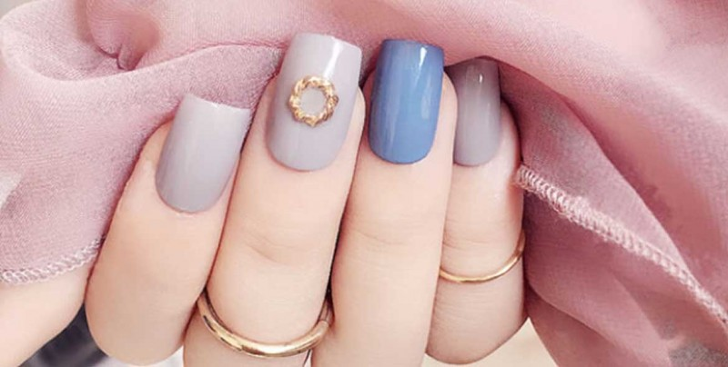 Aprende a retirar tus uñas acrílicas en 8 sencillos pasos y sin maltratarlas