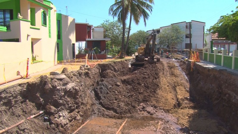 Estado y municipio realizan obras para mitigar inundaciones