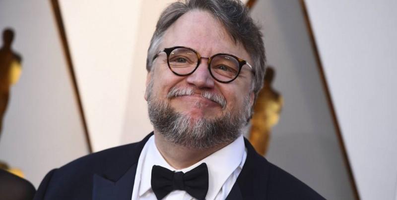 Guillermo Del Toro se ofrece a pagar viaje de equipo mexicano de matemáticas a Sudáfrica
