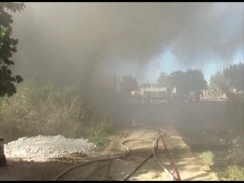 Lotes baldíos enmontados un alto riesgo para el registro de incendios: Bomberos