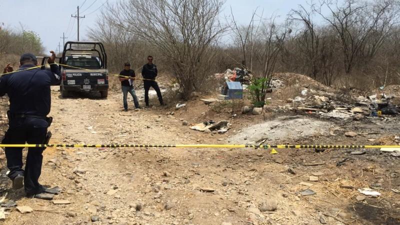 Encuentran a una persona calcinada al sur de Culiacán