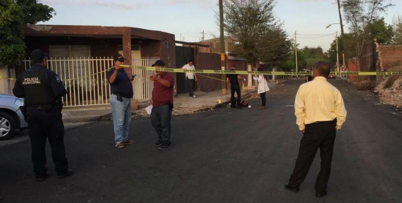 Encuentran a hombre asesinado de un balazo en el cráneo