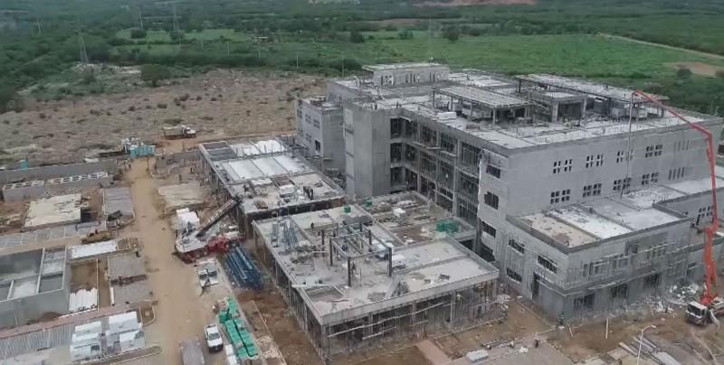 No hay riesgo de que se paralicen obras en hospitales de Sinaloa