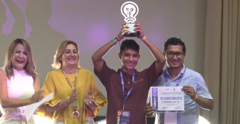 Entrega CECYTE premios a ganadores del Concurso Nacional de Creatividad
