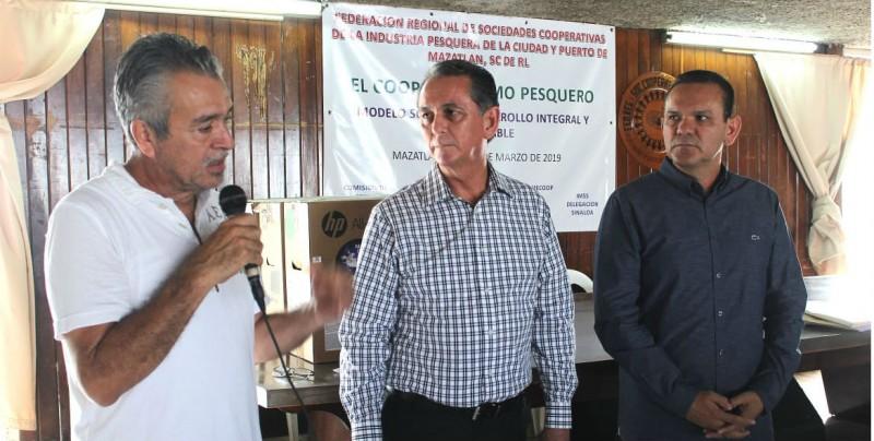Apoyo integral del gobierno estatal a pescadores