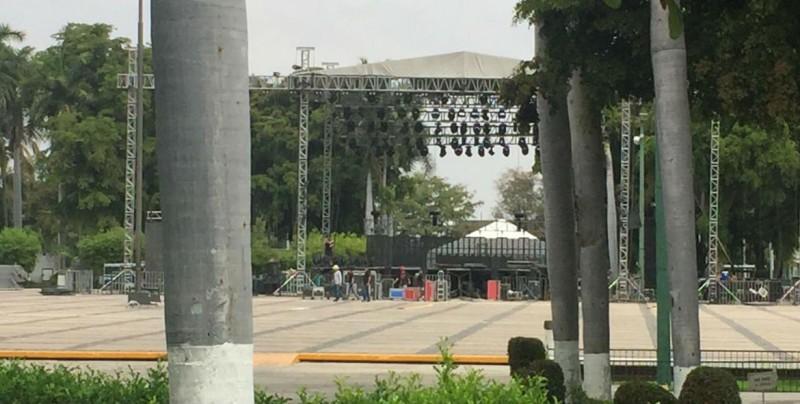 Calles  cerradas por  presentación de Julión Álvarez