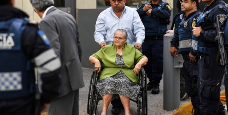 """Otorgan visa a mamá de """"El Chapo"""" para que pueda visitarlo en prisión"""