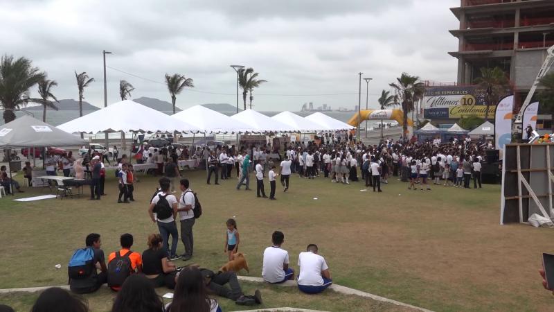 Realizan marcha y feria por el Día Mundial Sin Tabaco : DIF Municipal