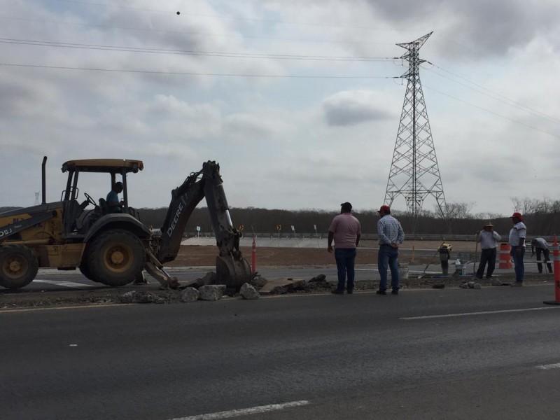 Inician trabajos complementarios en el puente a desnivel en entronque al aeropuerto