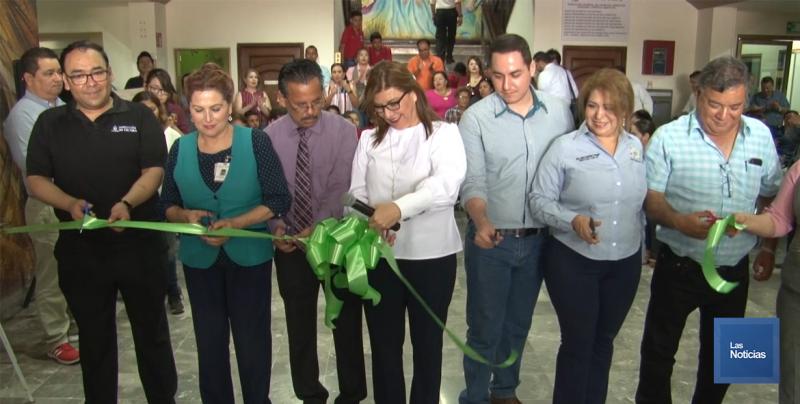 Inauguran exposición de Arte 40 en Palacio municipal