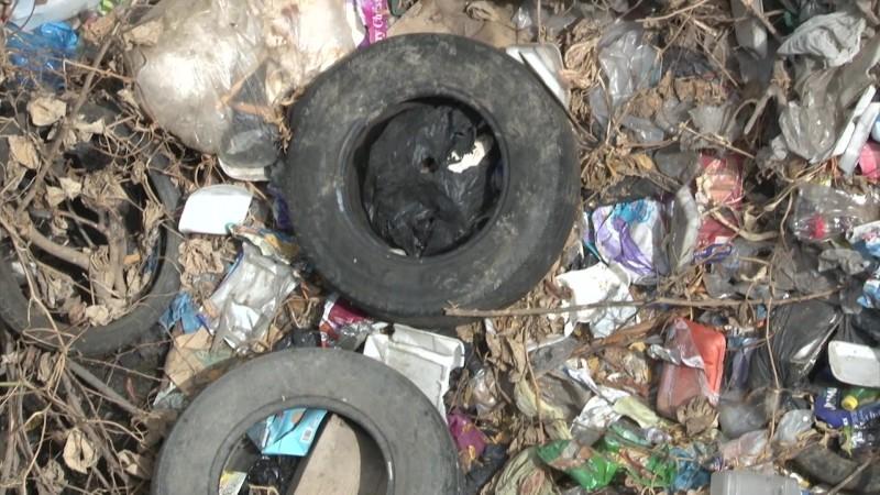 Se convierten en 'basureros clandestinos' canales en Mazatlán