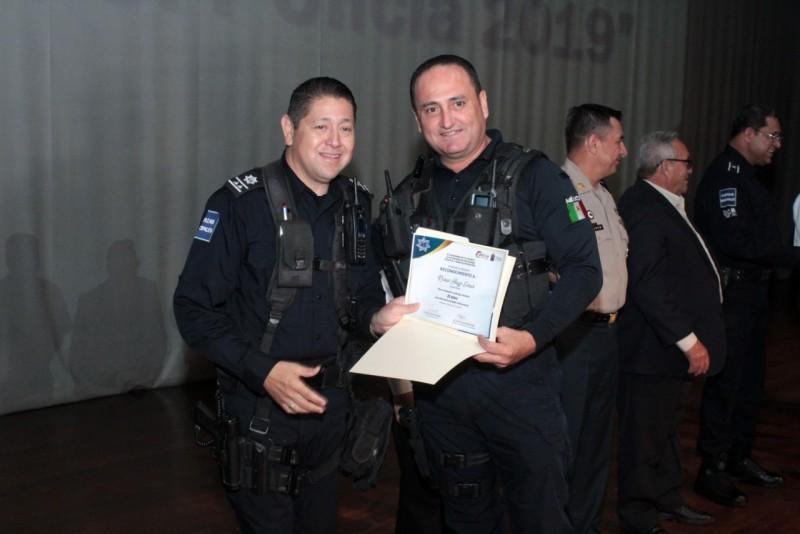 Reconocen a Policías Municipales de Culiacán