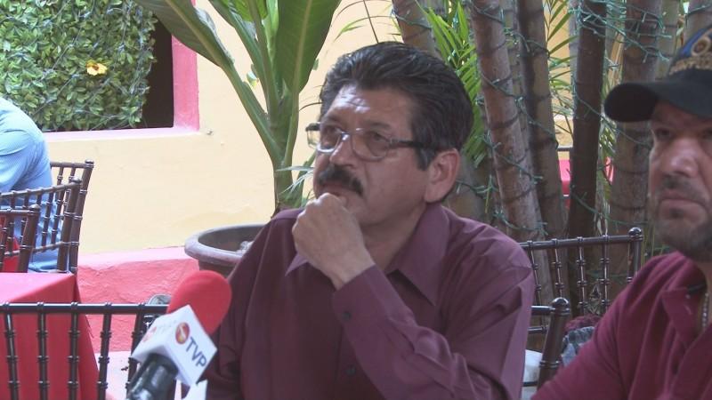 Reconoce Medrano Palazuelos que familiares suyos aspiran a dirigir el SUNTUAS Administrativos