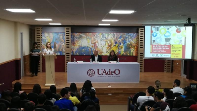 SESESP-CEPREVSIN llevan taller de periodismo a la UAdeO