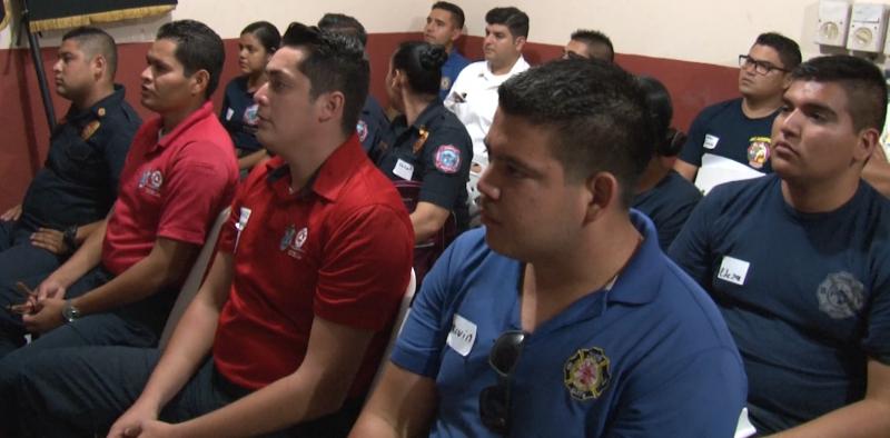 Bomberos Voluntarios de Mazatlán reciben curso de actualización