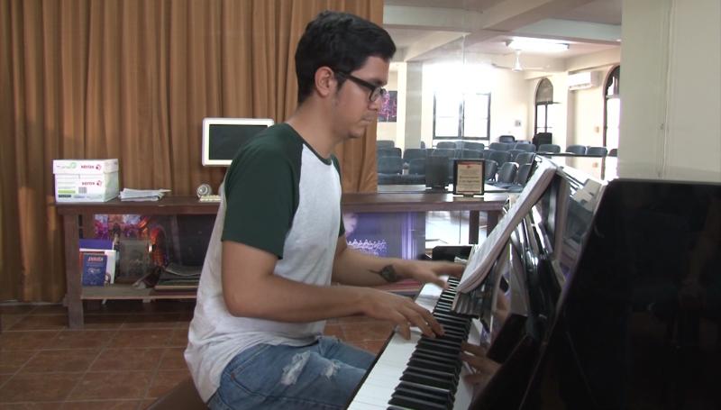 Melodías basadas en óperas famosas al piano