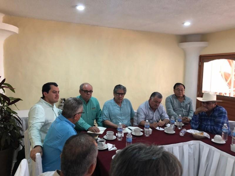 Reactivan autoridades de SADER y AMSyS contratación de maíz de Sinaloa