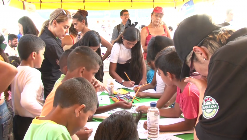 """Llevan """"Feria de la prevención"""" a Santa Fe"""