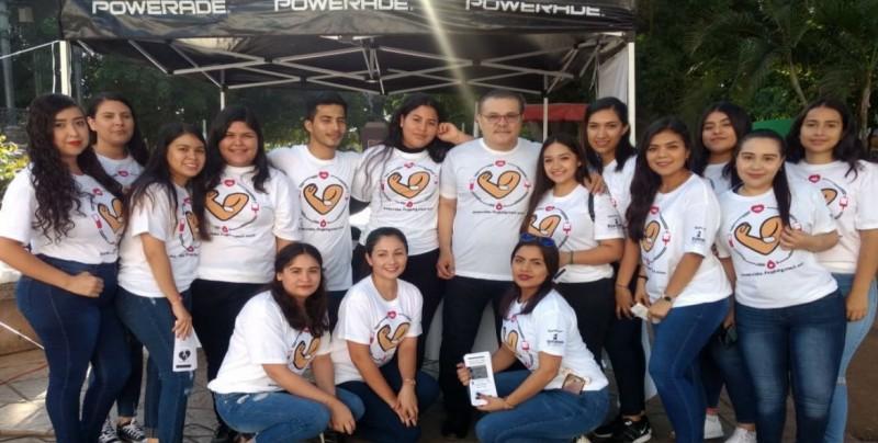 Promueven alumnos de la UAS donación de sangre