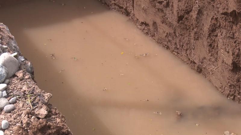 Detectan mega fuga de agua al sur de la ciudad