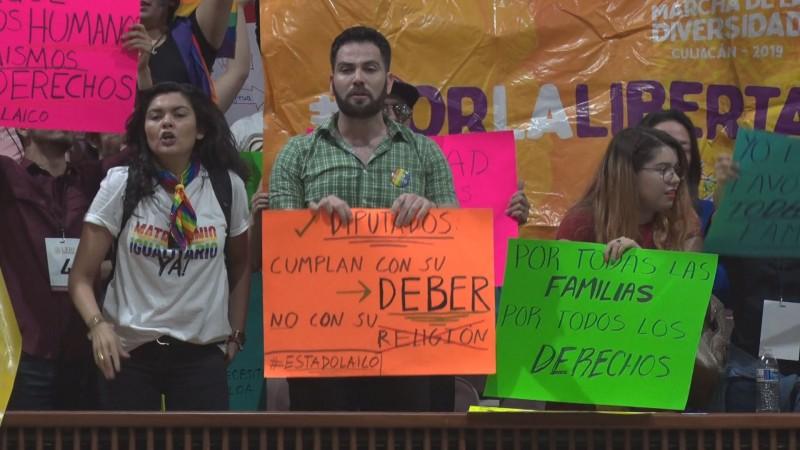 Ni a favor ni en contra del dictamen del matrimonio igualitario dice Alcalde de Culiacán
