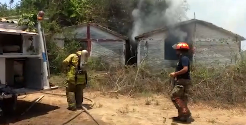 5 de 10 emergencias de bomberos son incendios en lotes baldíos
