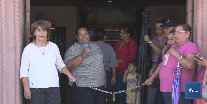 Bloquean Palacio, protestan mujeres contra inseguridad