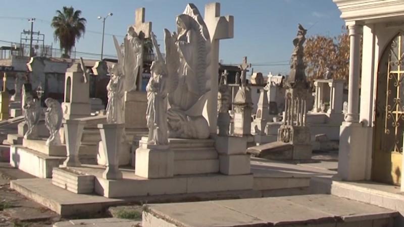 Es caso abierto para Mazatlán el nuevo panteón: Benítez Torres