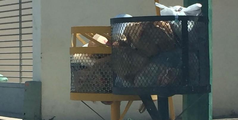Habitantes de Valle Alto ya no saben que hacer con tanta basura