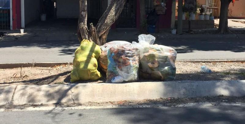 Villa Bonita también se ve afectado por la falta de recolección de basura