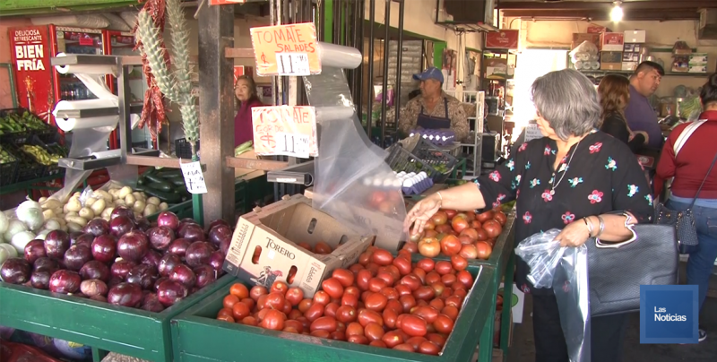 Recomiendan el consumo de frutas y verduras en este calor
