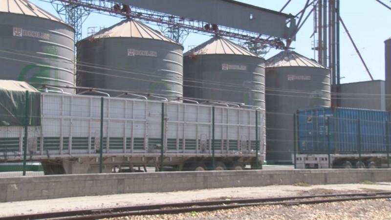 Definirán acciones jurídicas en contra de las bodegas que abusan de los productores de maíz