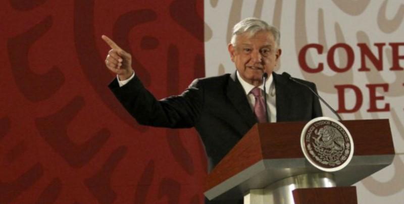 López Obrador promete reparar injusticias en despido de funcionarios públicos