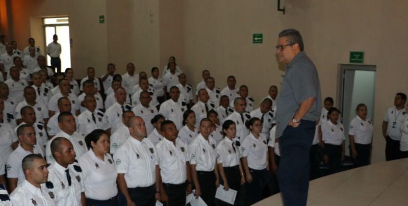 Ingresan 210 nuevos cadetes al INECIPE