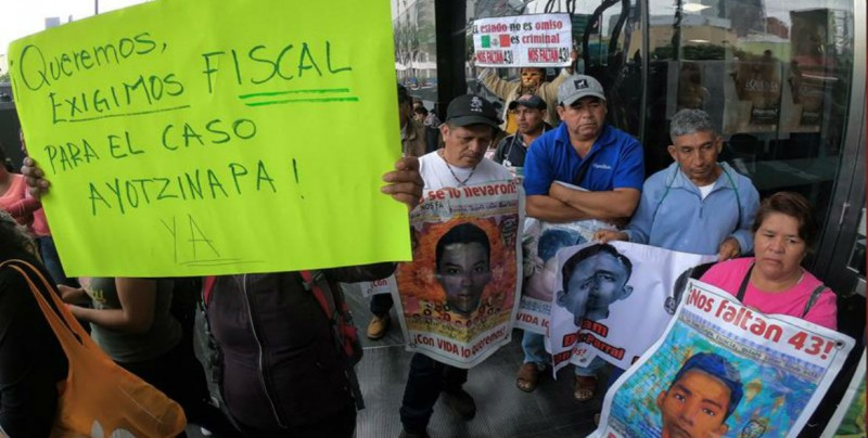 Fiscalía de México crea Unidad Especial de Investigación para caso Ayotzinapa