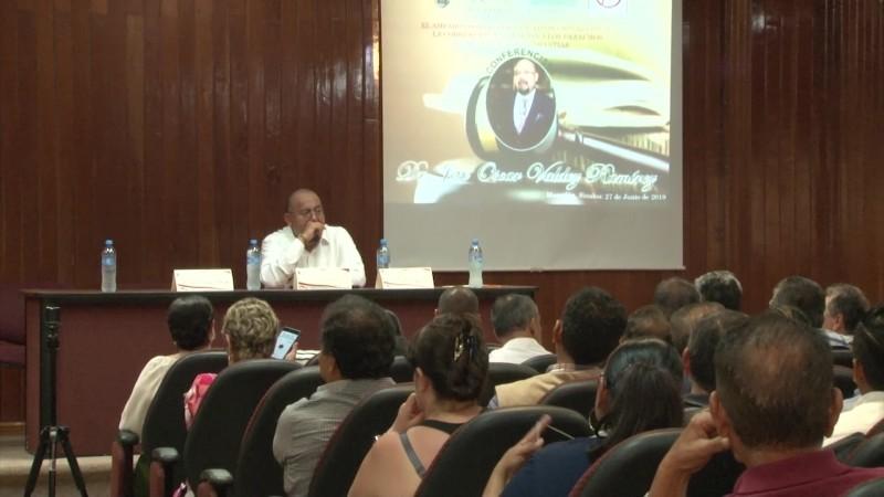 Llaman a promover amparos contra la corrupción en Mazatlán