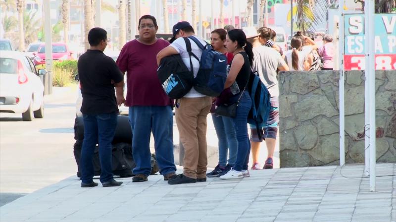Abarrotado Mazatlán este fin de semana con llegada de turistas