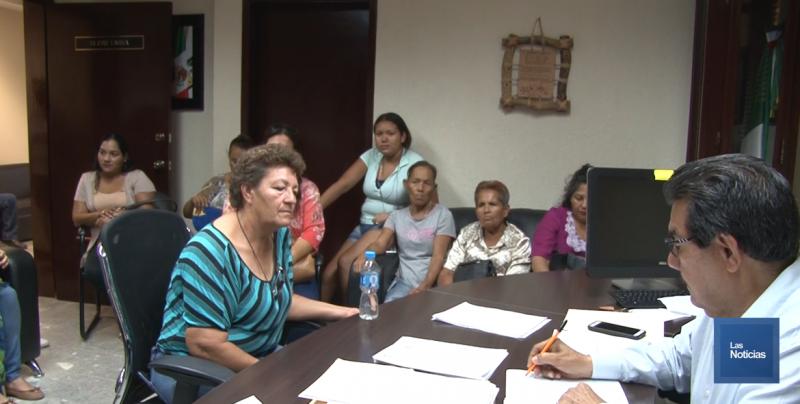 Vecinos piden intervención para evitar los cortes de agua