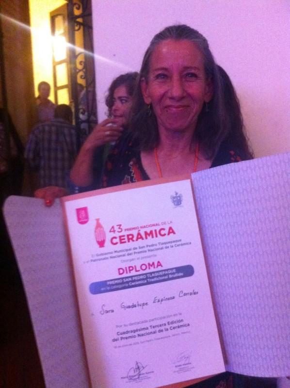 Tercer lugar para Sara Espinoza en Premio Nacional de Cerámica 2019