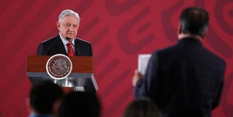 López Obrador admite asignatura pendiente en violencia tras récord semestral